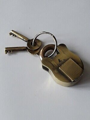 Small Antique Victorian Brass Padlock With Two Key / 4 Lever
