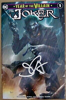 """Joker Year Of The Villain #1"" Variant Cover Nm Signed By John Carpenter"