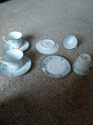Blue hill noritake cup and saucer x 4