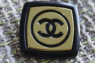 Chanel Button 1 Pieces Logo Cc Like Brooch 1 Inch