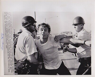 RIOTERS Protests AFRICAN-AMERICANS Chicago * VINTAGE 1966 CIVIL RIGHTS photo