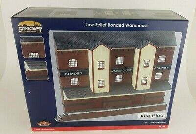 Bachmann Scenecraft OO Gauge. 44-204 Low Relief Bonded Warehouse  .New Boxed