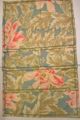 April Cornell 4  Placemats Classic Florals Shabby Chic Cottage Hand Embroidered