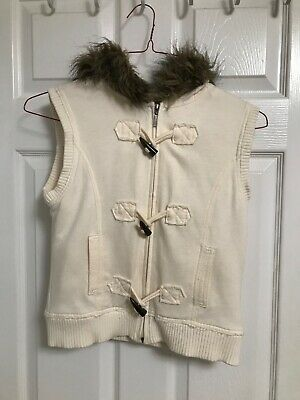 Girls Hooded Vest  White Warm Jacket By Mudd with fur collar and tooth Buttons