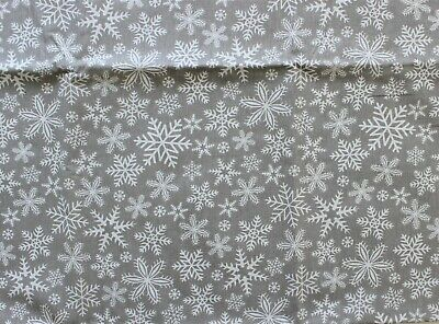 /'Christmas Stockings/' 100/% Cotton Fabric Extra Wide Cream//Green by the FQ//Metre