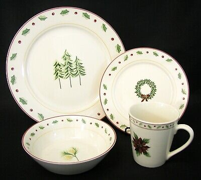 "MERRY BRITE - ""Holiday Home"" - Christmas Holly - 4 pc place setting - Excellent!"