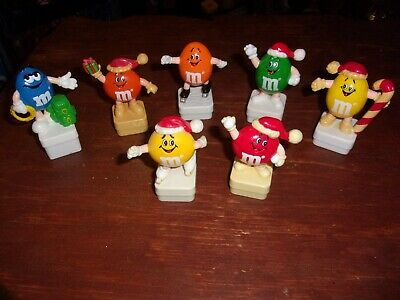 7 -  M&M's EURO SQUARE BASE TOPPERS