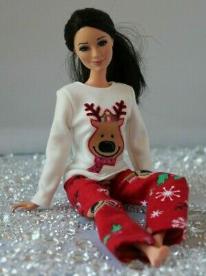 №066 Clothes for Barbie Doll Flannel Pajamas for Dolls.