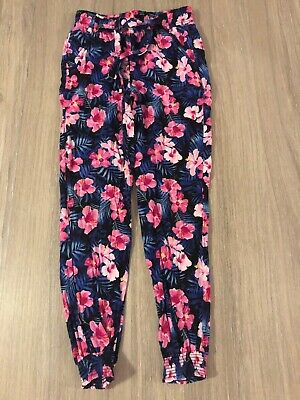 Primark Girls Age 7-8 Pink Floral Trousers Baggy Fashion Casual Autumn Winter