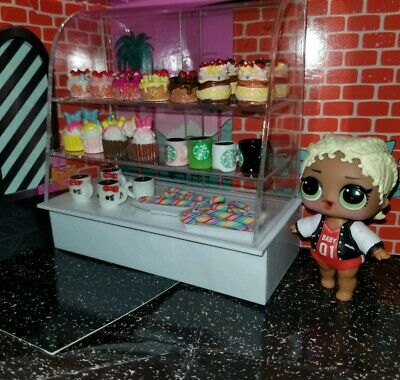 LOL Surprise Doll 6 Pc Lot of Random custom Cakes🎂🍰 Candy canes🍭🍬 Drinks ☕