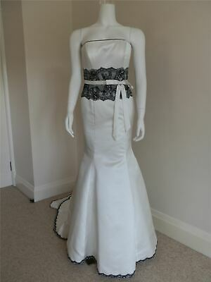 Designer Wedding Dress Ivory And Black Fishtail Gown Size 12 New