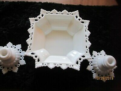 Westmoreland Ring&Petal  console Set Ctr.Bowl &2 candle Holders
