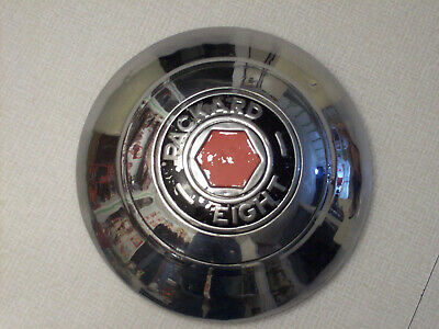 Packard Eight hubcap, 1930s, 10 inch