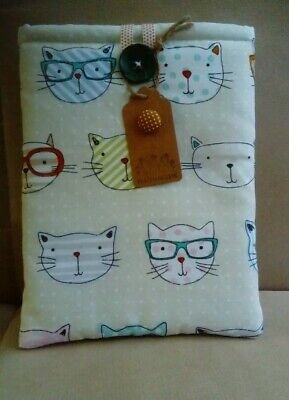 Book /kindle/tablet pouch cover - cool cats