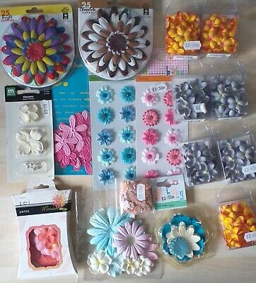 PINK /& BLUE GREY Floral with Yellow Centre PAPER 40-45mmCoB MELISSA 9 Pack MINT