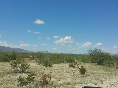 Texas land 100+ Acres 'West Texas' with ELECTRIC-Mountains! Road front access
