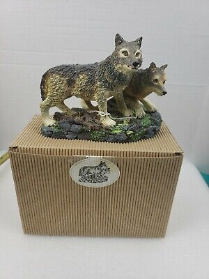 """The North American Wildlife Collection  """"Gray Wolf"""" (Canis Lupus) Figurine"""