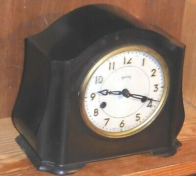 Smiths Enfield Art Deco bakelite cased pendulum driven chiming mantel clock, GWO