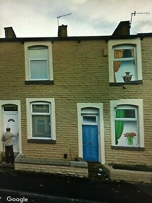 2/3 Bed stone built terraced property Burnley. Excellent Investment opportunity.
