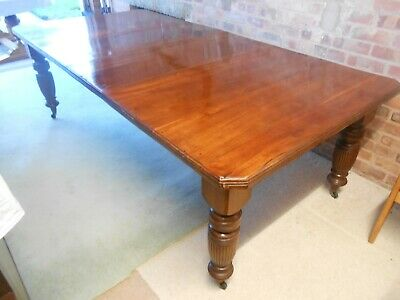 late Victorian Walnut Extending Dining Table With Canted Corners & Two Leaves