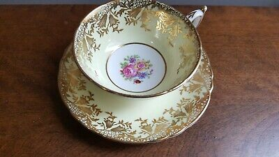 Paragon Yellow Gold Floral Centre Fine Bone China England Tea Cup & Saucer