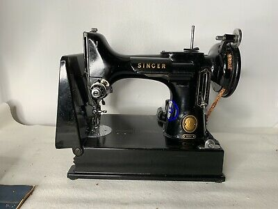 VINTAGE SINGER FEATHERWEIGHT SEWING MACHINE 221 SERIAL #AM168610 w ACCESSORIES