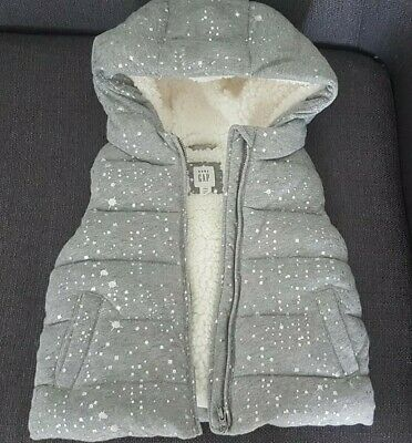 Girls Grey Gap Gillet/Bodywarmer 4 years. Hooded, Thick, Padded Fleece Lined.VGC