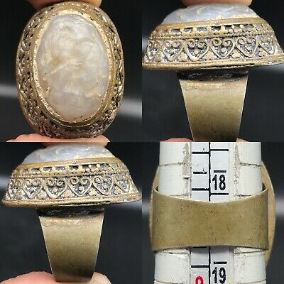 Lovely Ring With Old Agate stone intaglio Roman king Ring