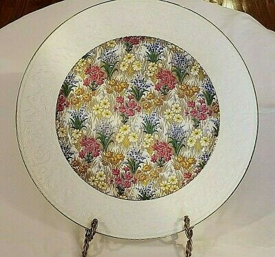 "Royal Winton Grimwades Marguerite 12 1/4"" Round Plate Embossed Wedgwood Border"