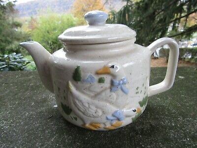 "Vintage Ceramic Teapot- Two Different Geese Scenes ~ 8.0"" x 5.0"""
