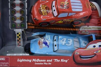 Disney/Pixar Cars Disney Parks Lightning McQueen and the King Launcher Playset