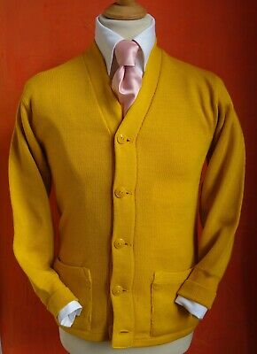 Beautiful and genuine 1940's Vintage American Varsity Cardigan Sweater, size 36