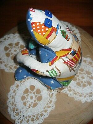 NEW!Gorgeous Handmade Cloth Caravan/Camping Sand Filled Weighted Frog Doorstop.