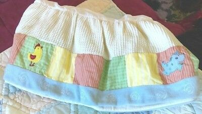 BABY Crib DUST RUFFLE Animal Patchwrk KidsLine 27x50 EUC