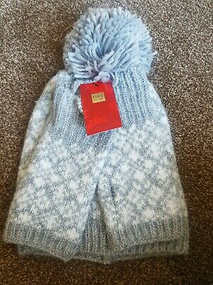 M & S hat and fingerless glove set