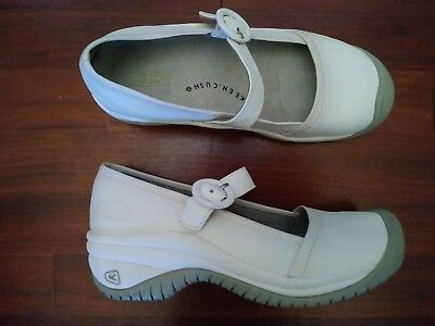 KEEN Women's White Leather Nursing Mary Janes Oil Slip Resistant Shoes 6.5M
