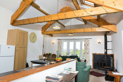 Holiday Cottage, Cumbria, Pet friendly, eco friendly, gorgeous views, 6th Dec
