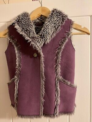 Girls Gorgeous Winter Gillet - M & S. Aged 5-6 Yrs. Excellent Condition.