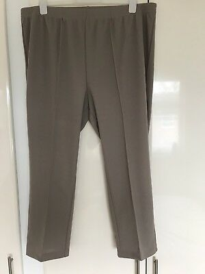 New Women's Smart Beige Pull On Front Seam Trousers From Damart Size 24