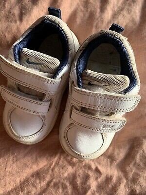 Toddler White Nike Shoes Size US 5c
