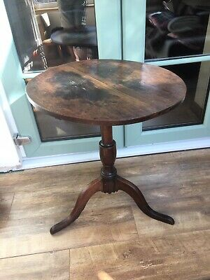 Georgian TILT TOP TABLE Occasional - Oak On Tripod Legs - Nice Condition