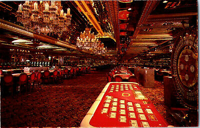 1970's er Golden Nugget Hotel Casino Interior Atlantic City NJ Postcard Vintage
