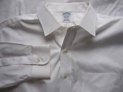 Brooks Brothers Classic Fit Non Iron Solid White Men Dress Shirt Sz 17.5 17.5-33