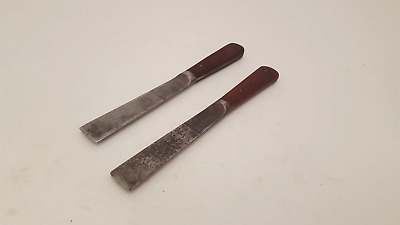 Pair of Vintage Artists Palette Tools 22557