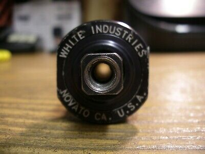 WHITE Industries  Sq Taper Bottom Bracket 68x121 mm SS