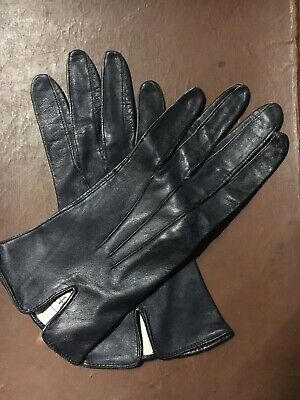 CC41 Original, Vintage, 1940's WW11 Ladies Soft Leather Gloves Black, Perfect.
