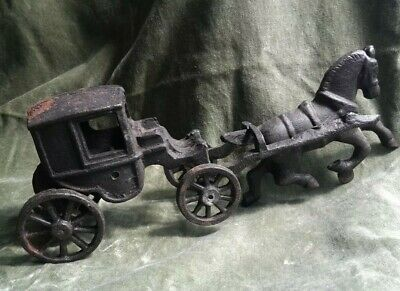Vintage Cast Iron Miniture Horse And Coach