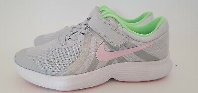 Nike Revolution 4  Unisex Girls Boys Trainers UK Size 13.5 Kids.