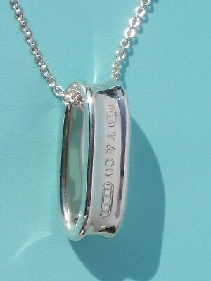 Tiffany & Co 1837 Sterling Silver Oval Loop Chain Pendant Necklace 18 Inch
