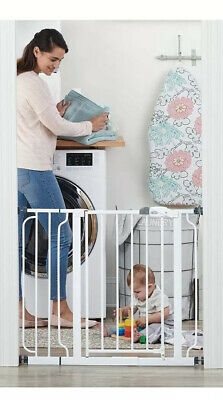 """Regalo Easy Step Walk Thru Gate White Fits Spaces Between 29"""" to 39"""""""